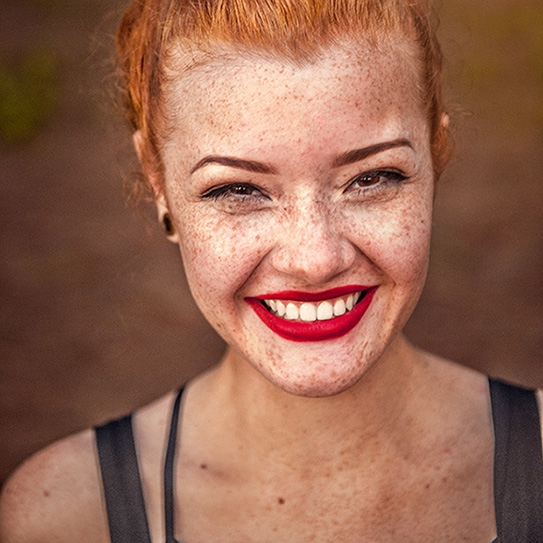 red head woman with freckles